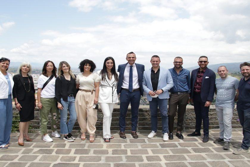 Miss Italia Calabria 2021 ai nastri di partenza. L'annuncio alla conferenza stampa al Castello Normanno Svevo di Cosenza